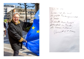 """Renate thinks that the European Idea must not fail and stresses the european idea. To the Question if she wants to see her picture she just answered: """"It's about the cause, not about me."""" Frankfurt // Pulse of Europe 30.04.17"""