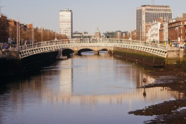 The half penny bridge across the Liffey.