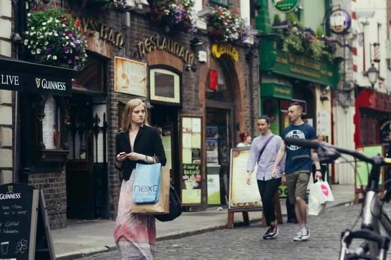 Street Scene in Temple Bar.